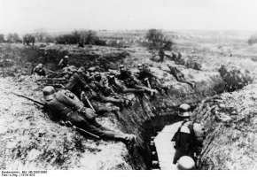 Image result for ww1 german SOLDIER WITH SHOVEL